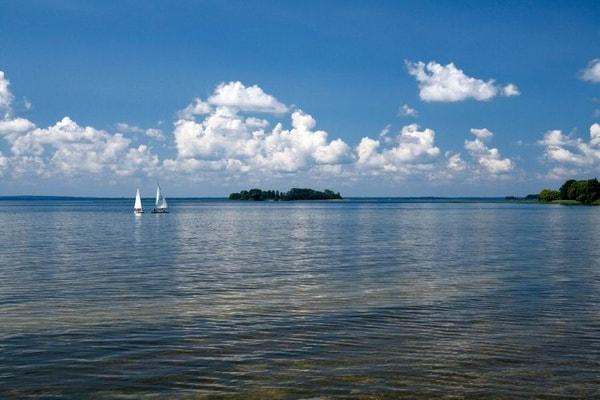 Отдых на озере Нарочь